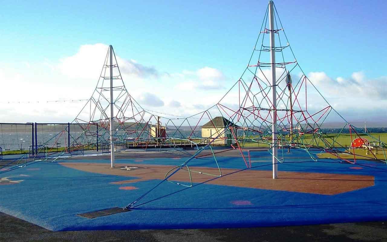 Twin Active 6000 - Giochi di Arrampicata Piramidali