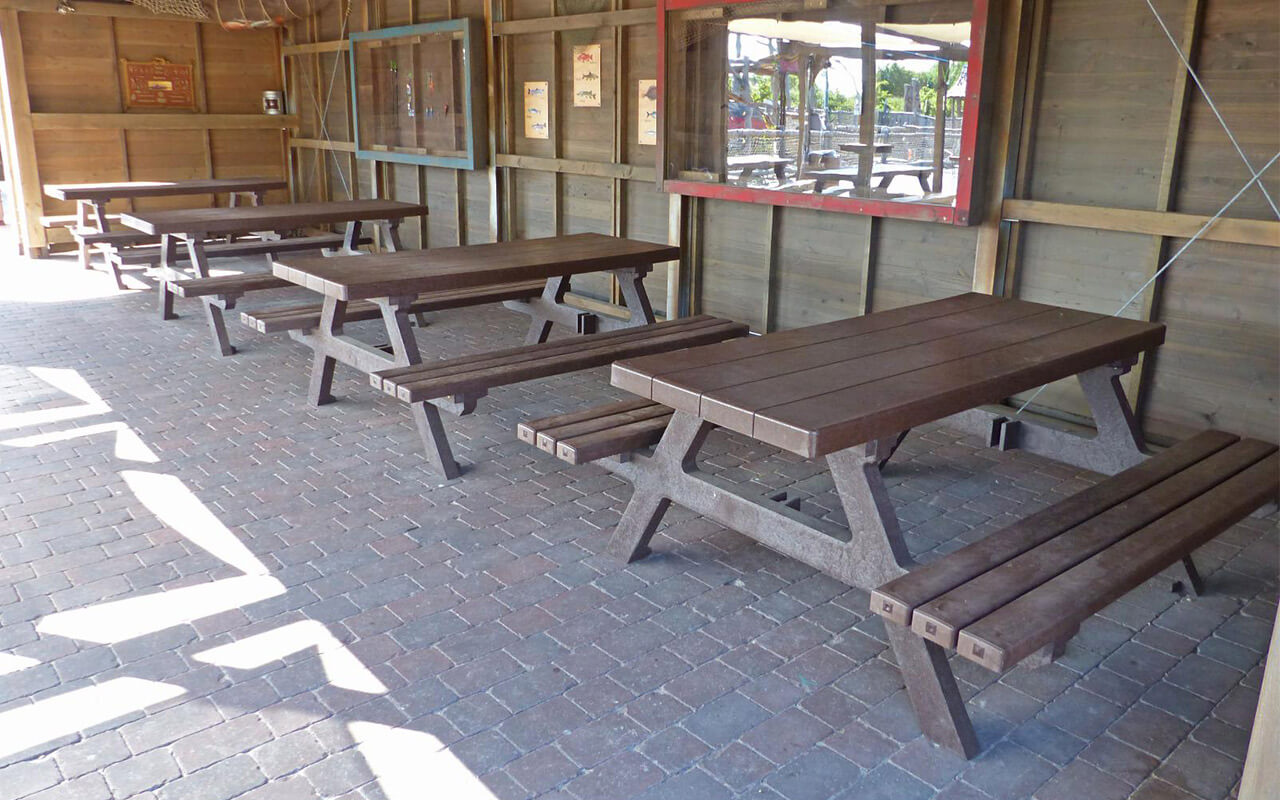 ISOLA SET - Tavoli/Panche in Plastica Riciclata - Tavoli/Panche in Plastica Riciclata